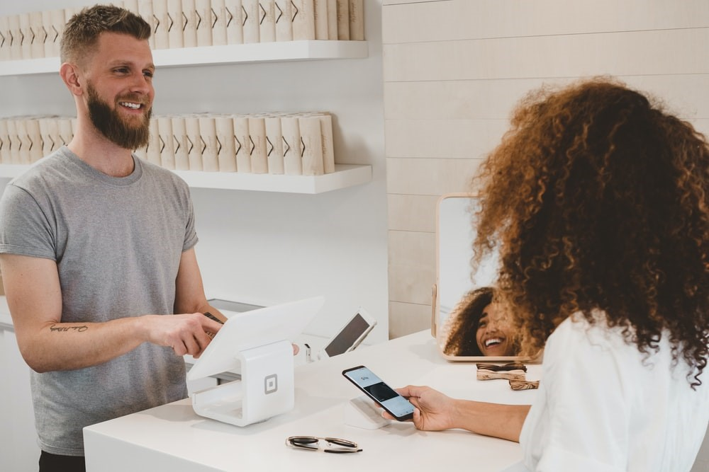 Customer Experience between customers and owners